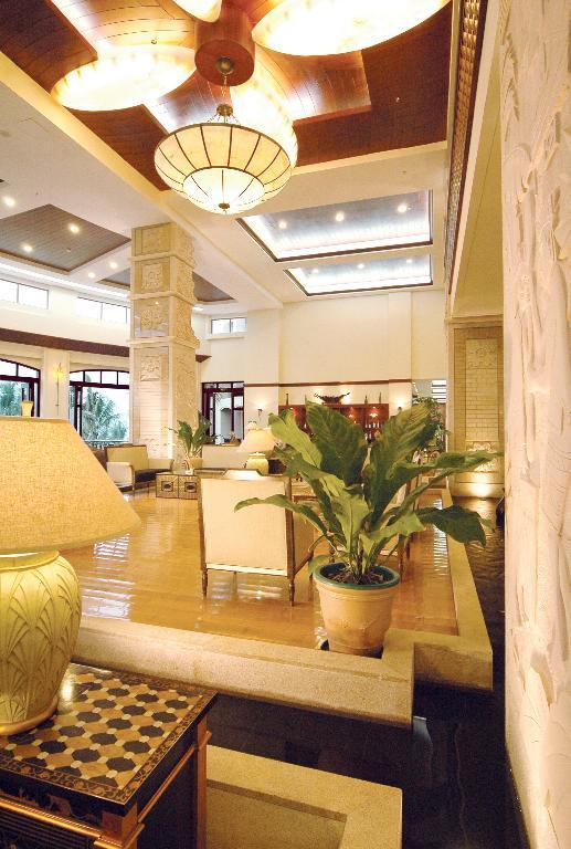 三亚湾假日酒店预订,亚龙湾红树林酒店(五星),花园房840元!