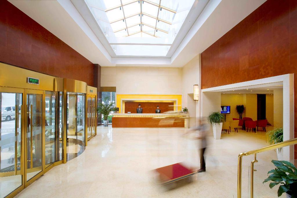 同程酒店预订频道为您提供北京宣武门商务酒店原越秀大酒店首旅建国